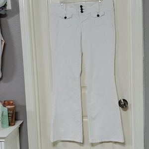 l.e.i. Ashley Trouble White Buttonfly Jeans